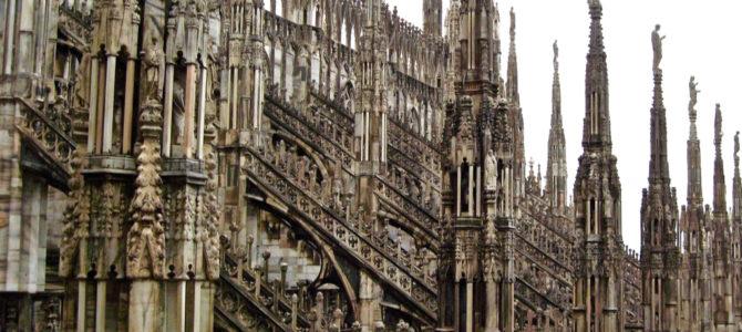 Travel Photo Post & Blog – Milan Duomo (Cathedral)