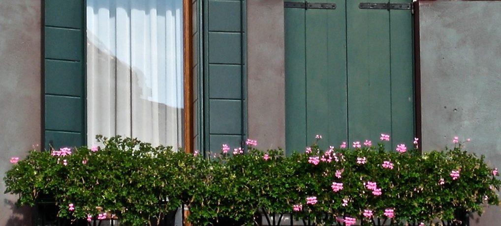 Travel Photo Post – Venice, Italy – Window Flowers