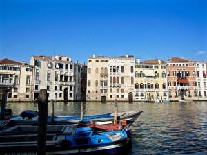 Venice-GrandeCanal-BuildingView