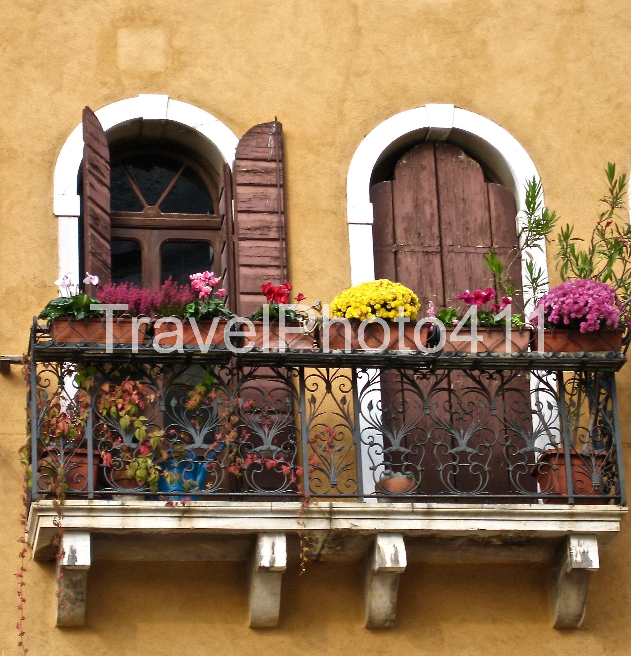 Venice Windows 2